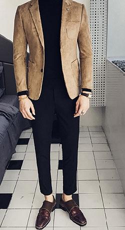 不同颜色的西装混搭