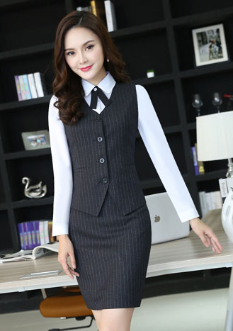 女士条纹职业装