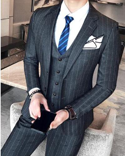 灰色条纹西装