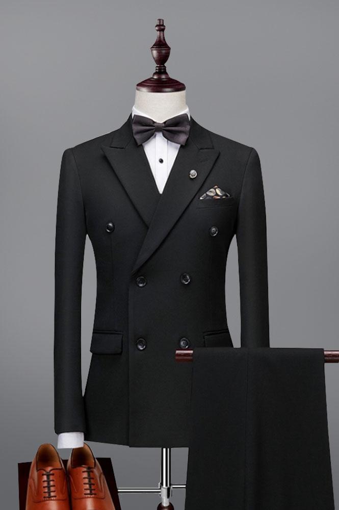 黑色双排扣西装