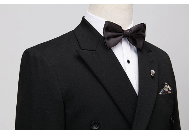 男士黑色双排扣西装细节图